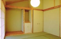 佐賀の家(シンプルな大屋根の住宅) (和室)
