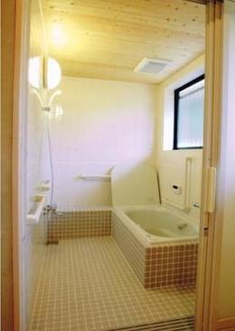 佐賀の家(シンプルな大屋根の住宅) (浴室)
