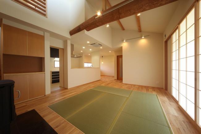 揖斐川町谷汲の家の写真 ぬくもりのある畳リビング
