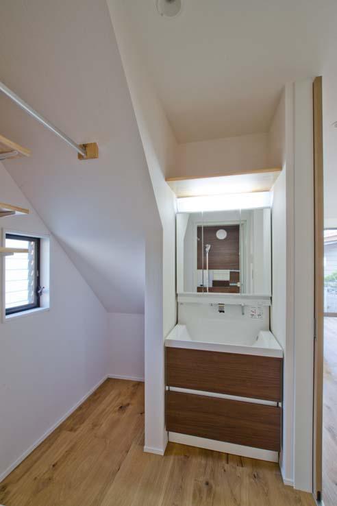 世田谷の住宅2の写真 洗面化粧台(LC/LIXIL)
