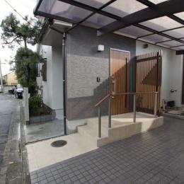 世田谷の住宅2 (玄関)