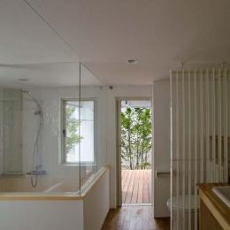 世田谷の住宅 (一体的な水廻りスペース)