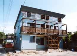 通り土間の家 (外観2)