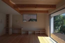船橋の住宅 (テレビ台とカウンターコーナー)