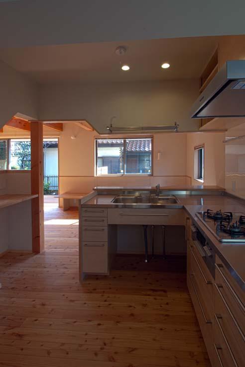 船橋の住宅の写真 他の家具や建具と合わせた製作キッチン