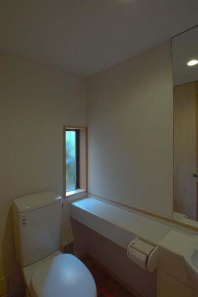 1階トイレ (船橋の住宅)