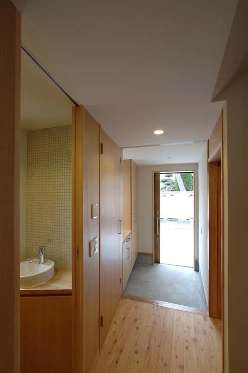 立川の住宅の写真 玄関引戸を開けた状態