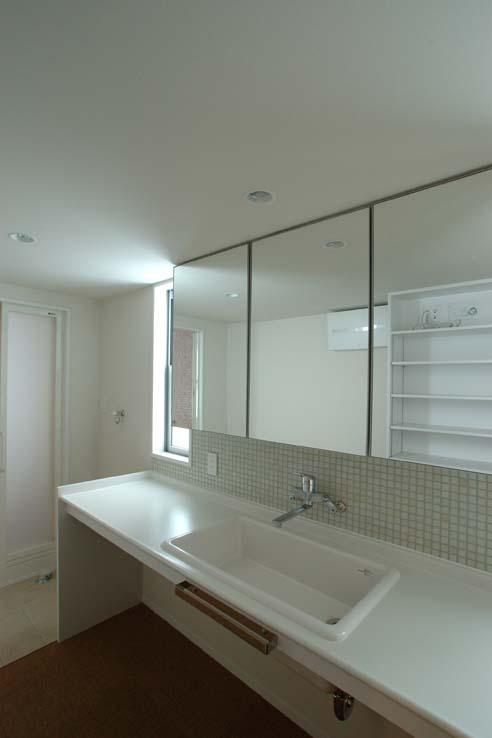 立川の住宅の写真 清潔感のある洗面室