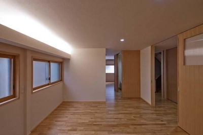 間接照明は調光可能 (江東の住宅)