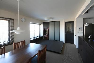 小上がりの畳スペース (M邸)