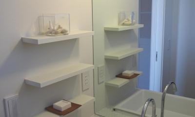 白い洗面所|桜作の家