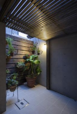 Casa C3 (緑を感じる空間)