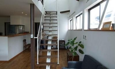 緑ヶ丘の家 (オープン型階段)
