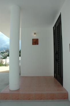 K4邸の部屋 玄関