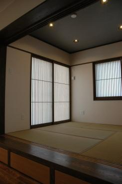 K4邸の部屋 床下収納のある和室