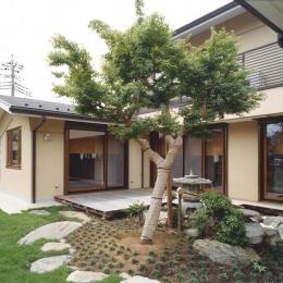 武蔵中原の家 (中庭)