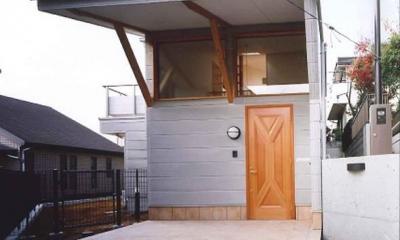 横浜青葉台の家 (アプローチ)