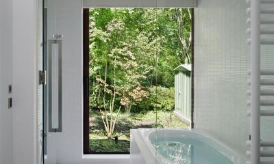 浴室~半露天風呂|037軽井沢 I さんの家