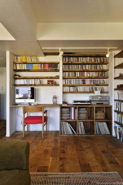 LDK-趣味スペース (T邸・好きなものに囲まれて暮らせる家)