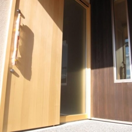 田上の家 (玄関)