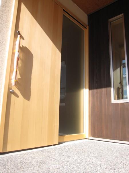 田上の家の部屋 玄関