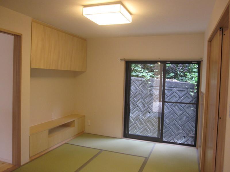 草津 全面リフォームの部屋 ダイニングと繋がっている和室