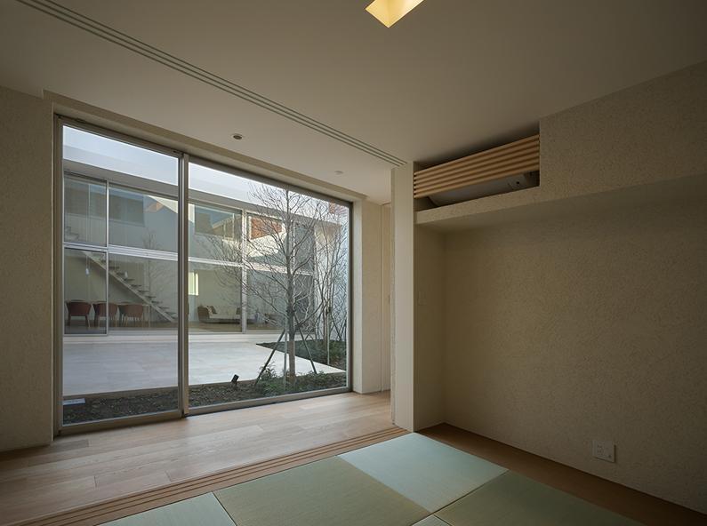 LucentCourtHouseの部屋 和室 (撮影:岡本公二)