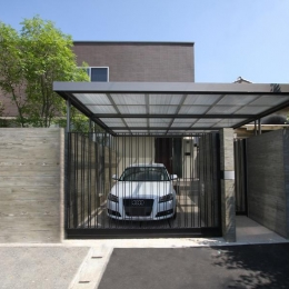 Garden House (車庫)