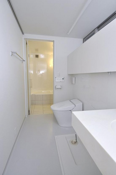 洗面・トイレ・浴室 (スケルトン・インフィルの家)
