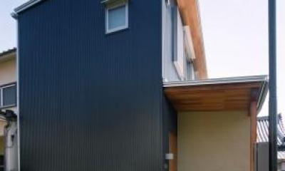 坊屋敷町の家 (片流れ屋根の外観)