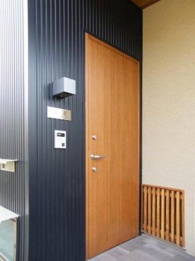 坊屋敷町の家 (玄関ドア)