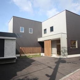 Gather House (外観 南東面)