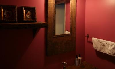 K邸 (エキゾチックな雰囲気の手洗いスペース)