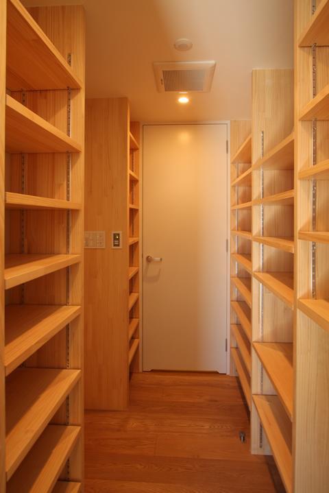 STEP HOUSEの部屋 下足室