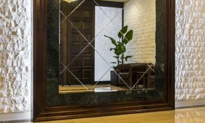 エントランスホール|趣を残しつつ上質に生まれ変わった松濤のヴィンテージマンション