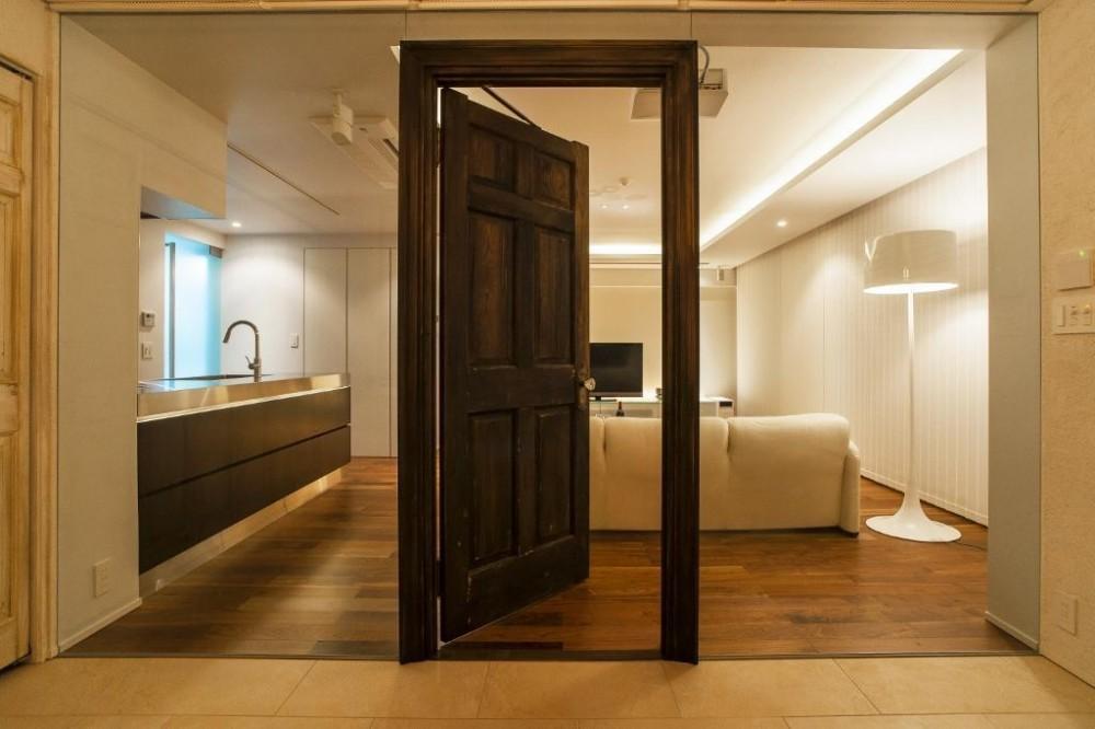 QUALIA「シンプル、シャビー、モロッコ調、部屋ごとに表情が変わるマンション」
