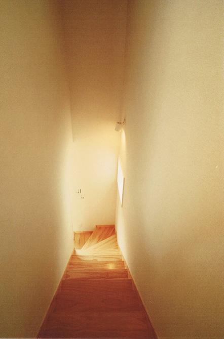 House Kの部屋 階段