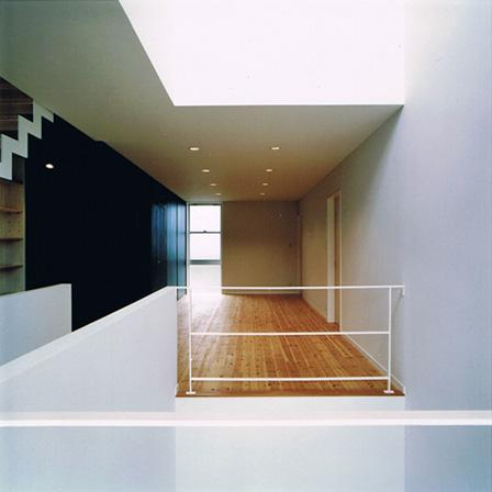 House K reconstruction (吹き抜け付き多目的スペース)