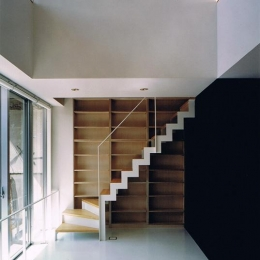 House K reconstruction (収納棚付きの室内階段)