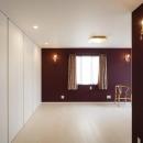 CAT HOUSE (猫と暮らす家)の写真 高級感のあるラデッシュブラウンの洋室