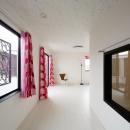 CAT HOUSE (猫と暮らす家)の写真 白を基調とした部屋