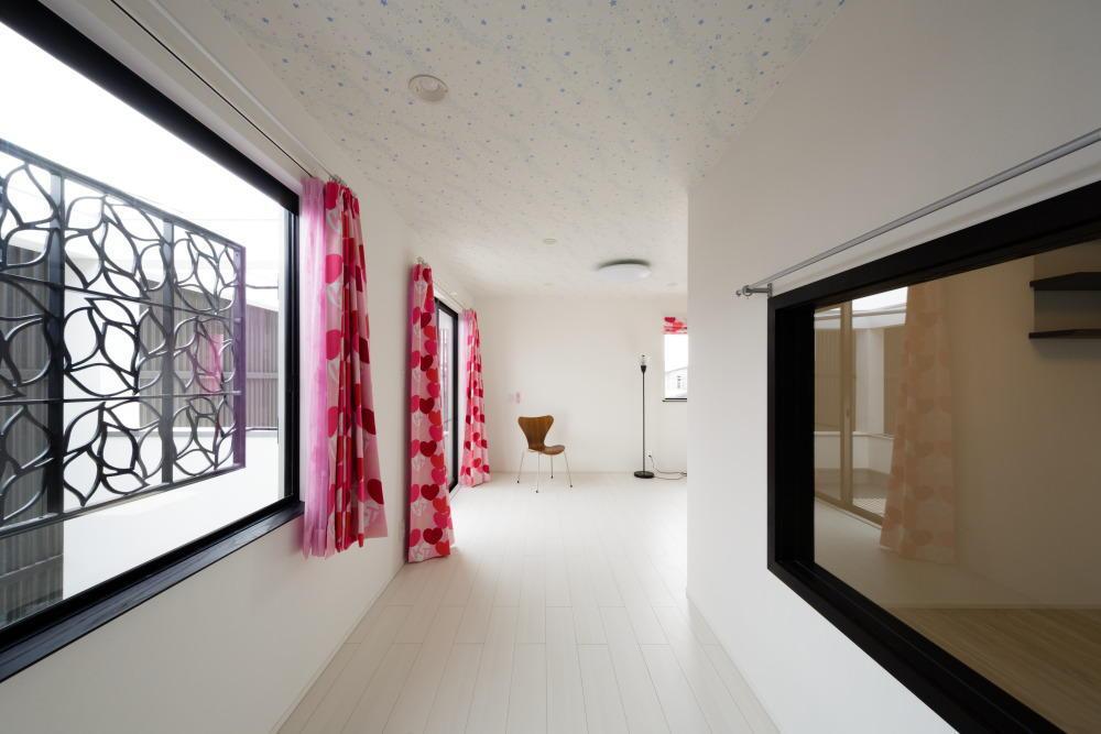 CAT HOUSE (猫と暮らす家)の部屋 白を基調とした部屋
