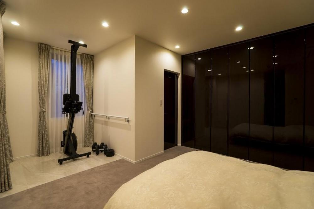 開放感あふれるイタリアンモダンの空間に生まれ変わったヴィンテージマンション (ベッドルーム)