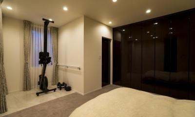 ベッドルーム|開放感あふれるイタリアンモダンの空間に生まれ変わったヴィンテージマンション