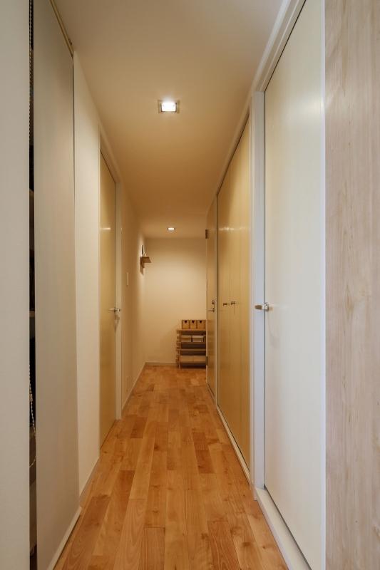 No.72 30代/3人暮らしの部屋 廊下1