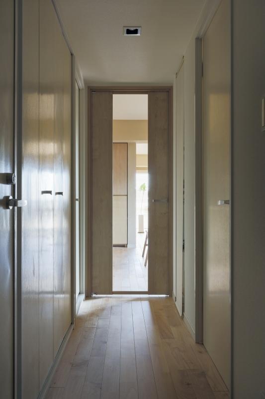 No.72 30代/3人暮らしの部屋 廊下2
