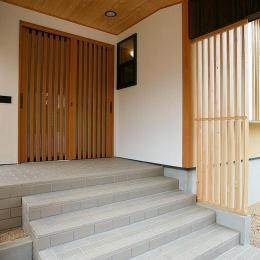 邑久町の家 (広々とした和風エントランス)