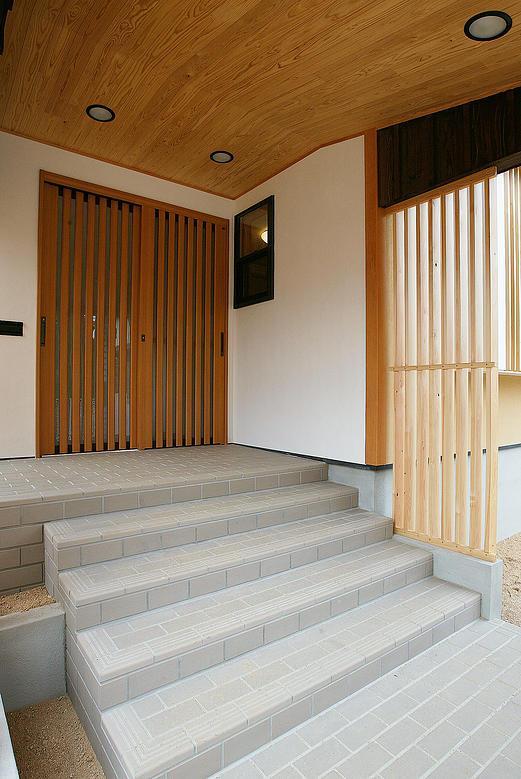 邑久町の家の部屋 広々とした和風エントランス