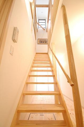 ほくほく北欧の部屋 オープン型階段