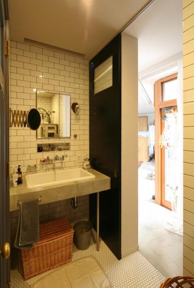使い勝手のよい洗面スペース (K邸)